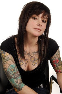 7d34b4133 Women, please don't place tattoos on your upper arms, 'cause you look butch  as wuh. Unless that's the look you're going for.