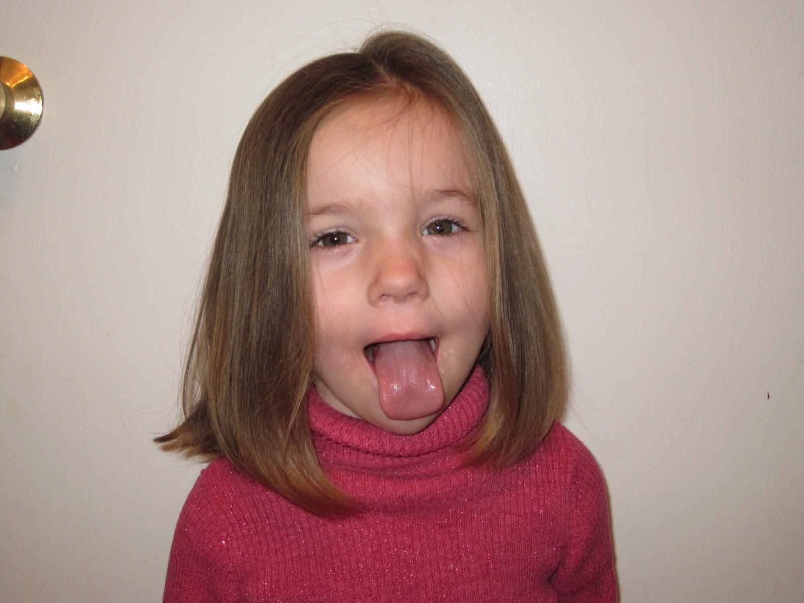 little girl longest tongue ever
