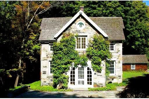 Historical Home: Historic Washington Stone Cottage