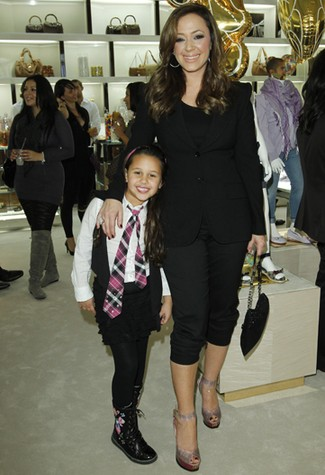 e3af563c51f JENNIFER LOPEZ AT THE GUCCI CHILDREN S COLLECTION LAUNCH AT BEVERLY ...