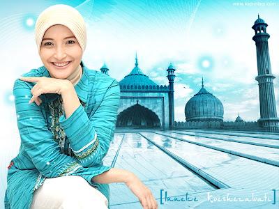 Wallpaper Muslim Artis Cantik Indonesia