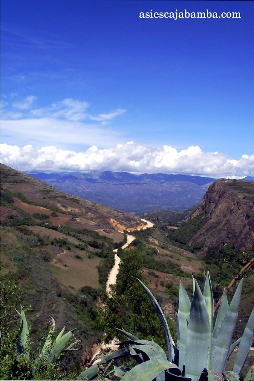 Camino al caserío de Churucana - Cajabamba