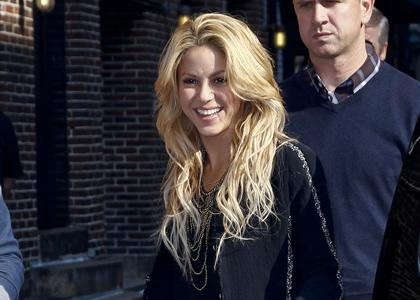 Shakira Visiting The Late Show Photos