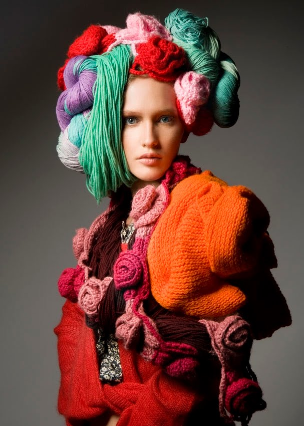 knitGradneur: Yarns a Head