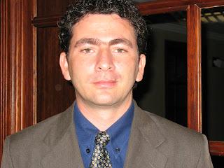 Dr. Sergio Tobón