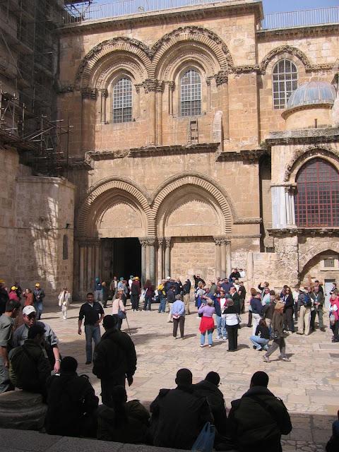 entrada del Santo Sepulcro