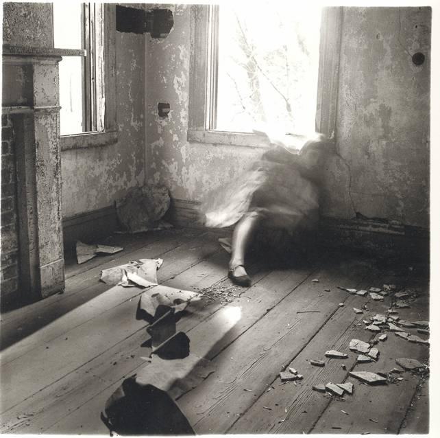 Calendario 1976 Argentina.Solitary Dog Sculptor I Photos Francesca Woodman Part 1