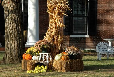 a pretty harvest display greeted us near the entrance