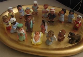 Carola Nativity Gallery: Mud People Nativity With Gift Bearers