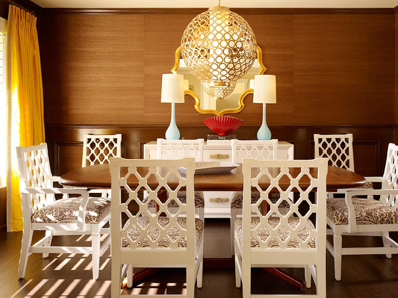 DESIGN IDEA: WHITE LACQUER DINING CHAIRS!