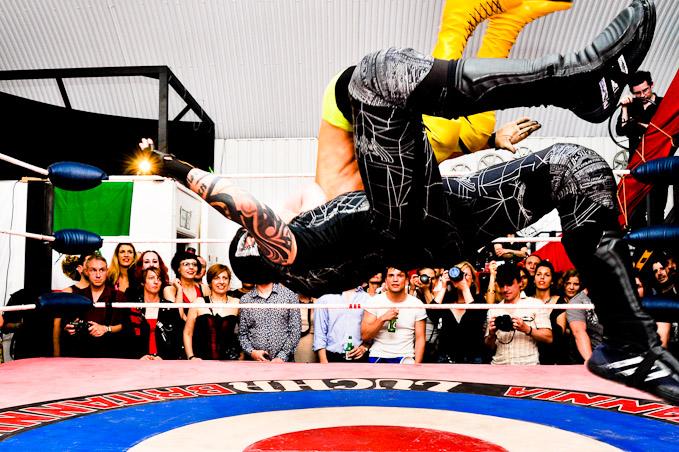 Lucha Britannia! Masked Wrestling Cabaret Siniestro Neo