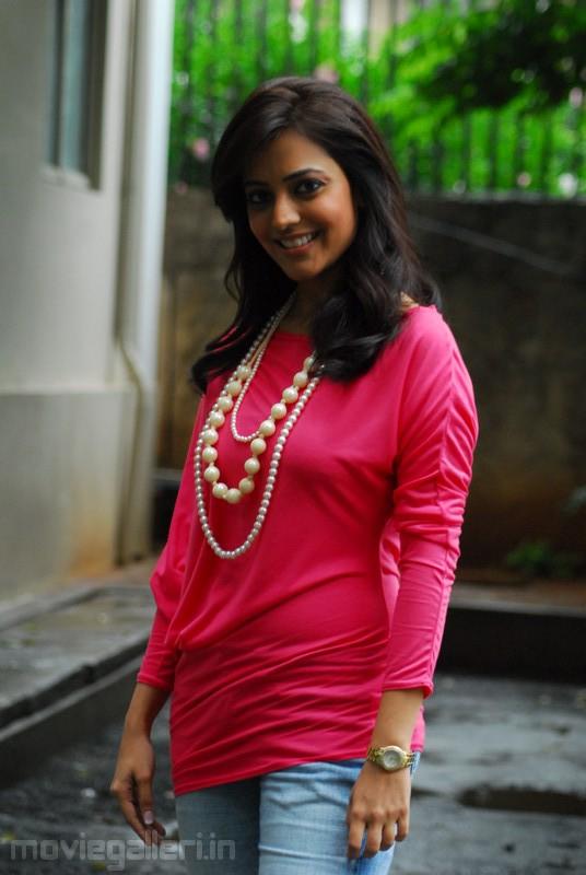 Nisha Agarwal Kajal Agarwal Sister Photos, Nisha Agarwal Latest