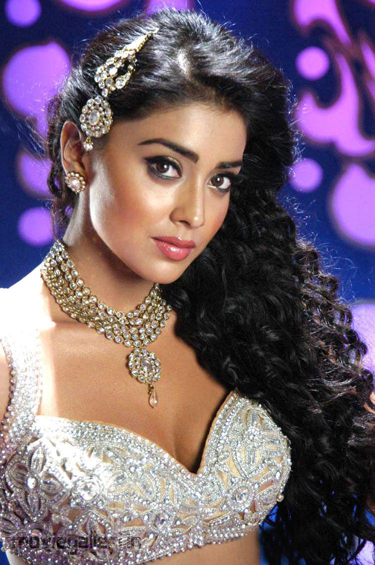 Shriya Saran Hot Pics In Komaram Puli Shriya Hot Item Song Stills New Movie Posters