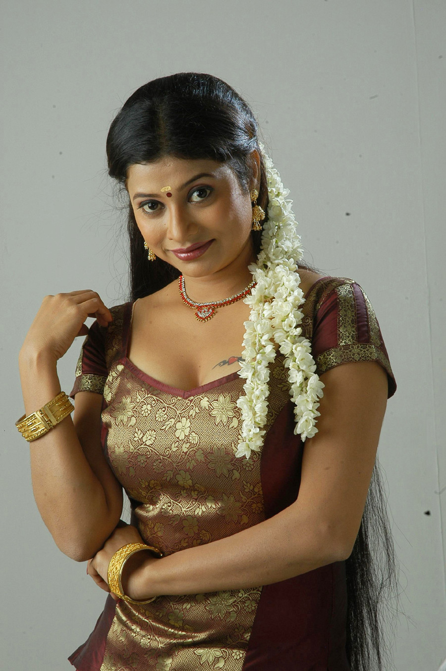 Tamil actress hot boobs images