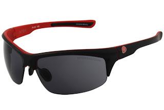 5de4d036fac37 Conheça os óculos de sol oficiais do Internacional, com design esportivo e  casual, perfeitos para acompanhar você em todos os momentos.