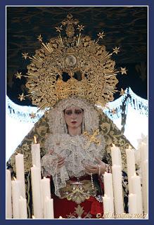 9b757a824a Datos históricos: Al parecer la imagen titular se veneraba en el siglo XVII  en la Iglesia de los Descalzos, ubicado donde hoy se encuentra Correos; ...