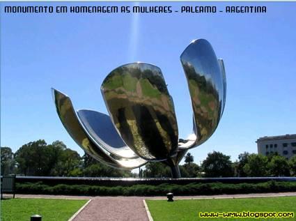 Monumento em Homenagem as Mulheres