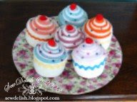 make sew  pin cushion Cupcake Pincushions tutorial