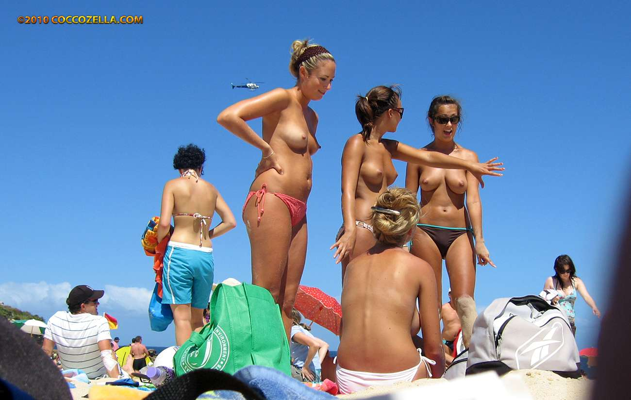 Beach nudist maslin