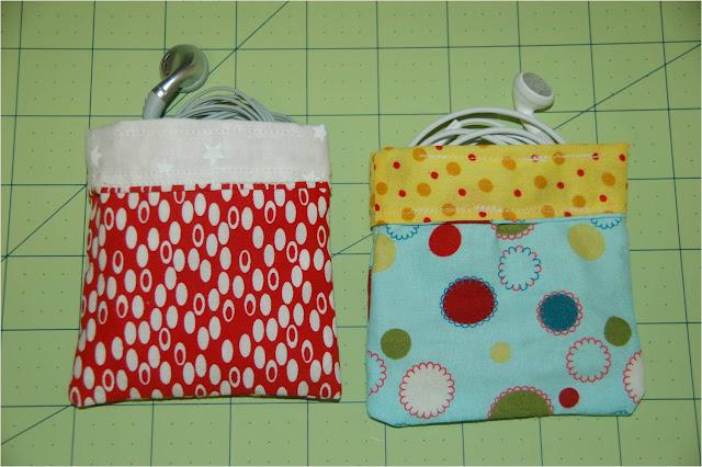 http://4.bp.blogspot.com/_6c_QBmpXazo/S8_B7Oy20cI/AAAAAAAAAT4/BOlfeMc19Kw/s1600/bags.jpg