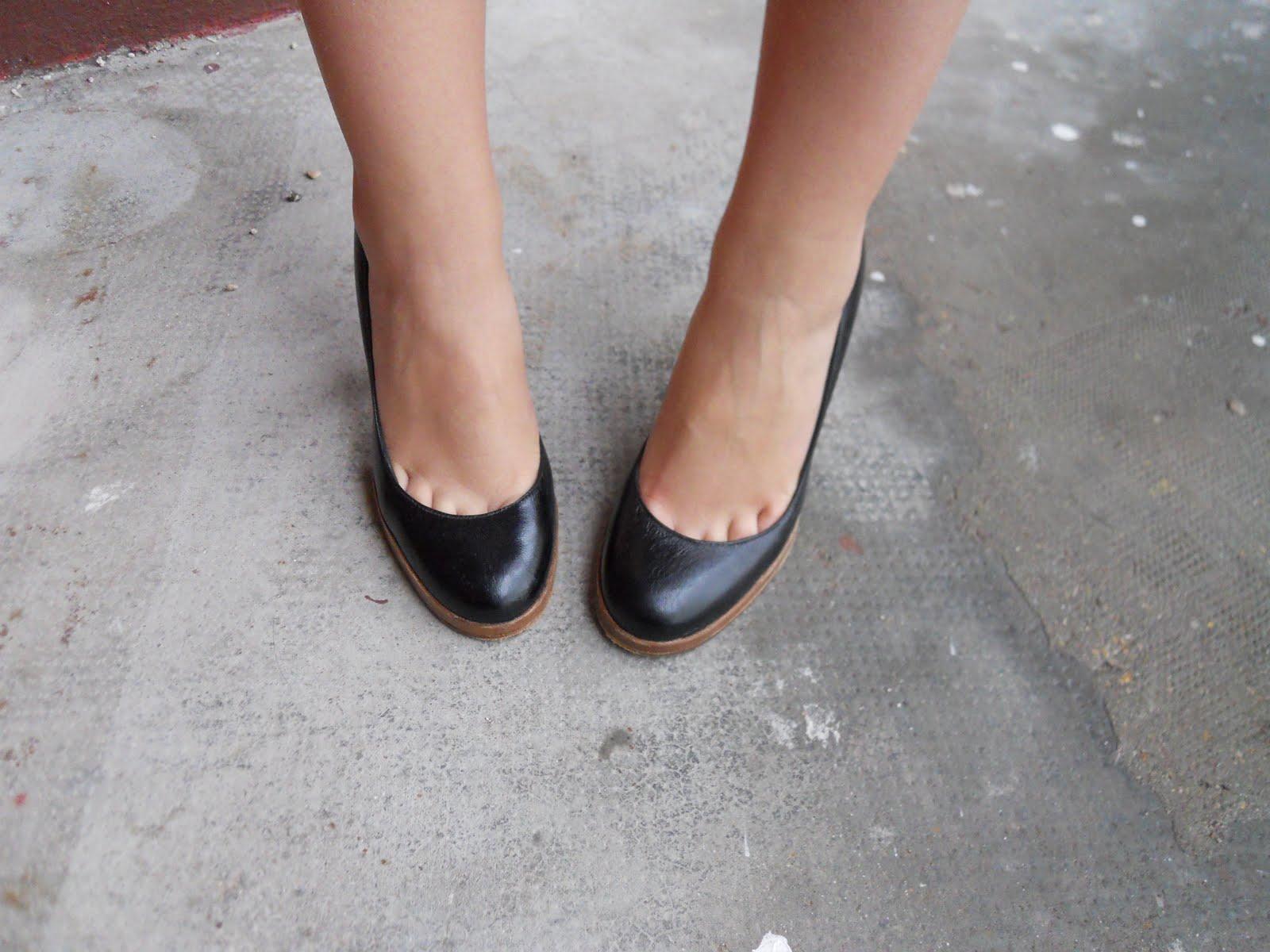 AddictEscarpins Vide Noirs Bon Le D'une Shoe's Dressing Marché hrQCxdstB