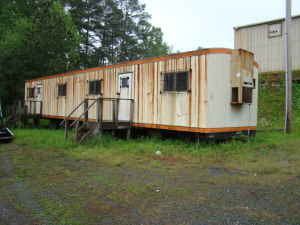 rusty+trailer Junky Mobile Home Trailer on small mobile homes, single wide mobile homes, old mobile homes, dirty mobile homes, back porches for mobile homes, fleetwood double wide mobile homes, ugly mobile homes, crazy mobile homes,