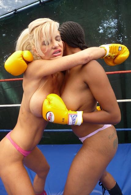 Watch Topless Boxing Lois Smucker Vs Ziggy