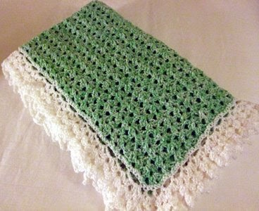Barbaras Hooks Eyes And Needles Lace Border Blanket