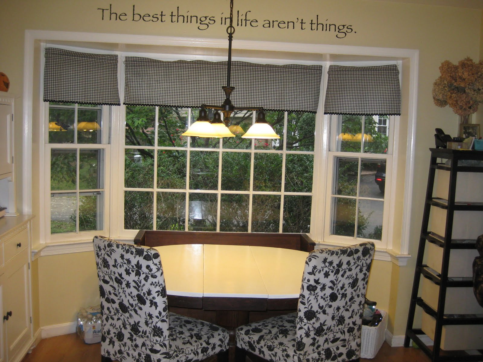 An inch of gray september 2010 - What is a breakfast nook ...