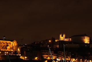 Vista noturna do Porto