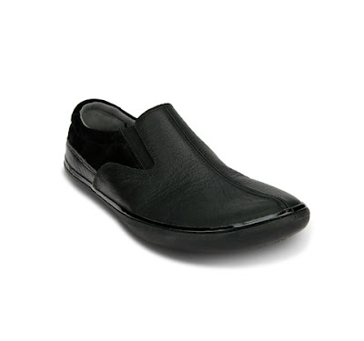 FITBOMB  Minimalist Shoes for Office Dwellers 67661c0ea