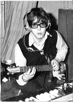 in the life of the beatles the 39 paperback writer 39 session. Black Bedroom Furniture Sets. Home Design Ideas