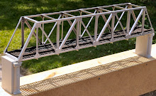 TR32 through truss for 0 scale