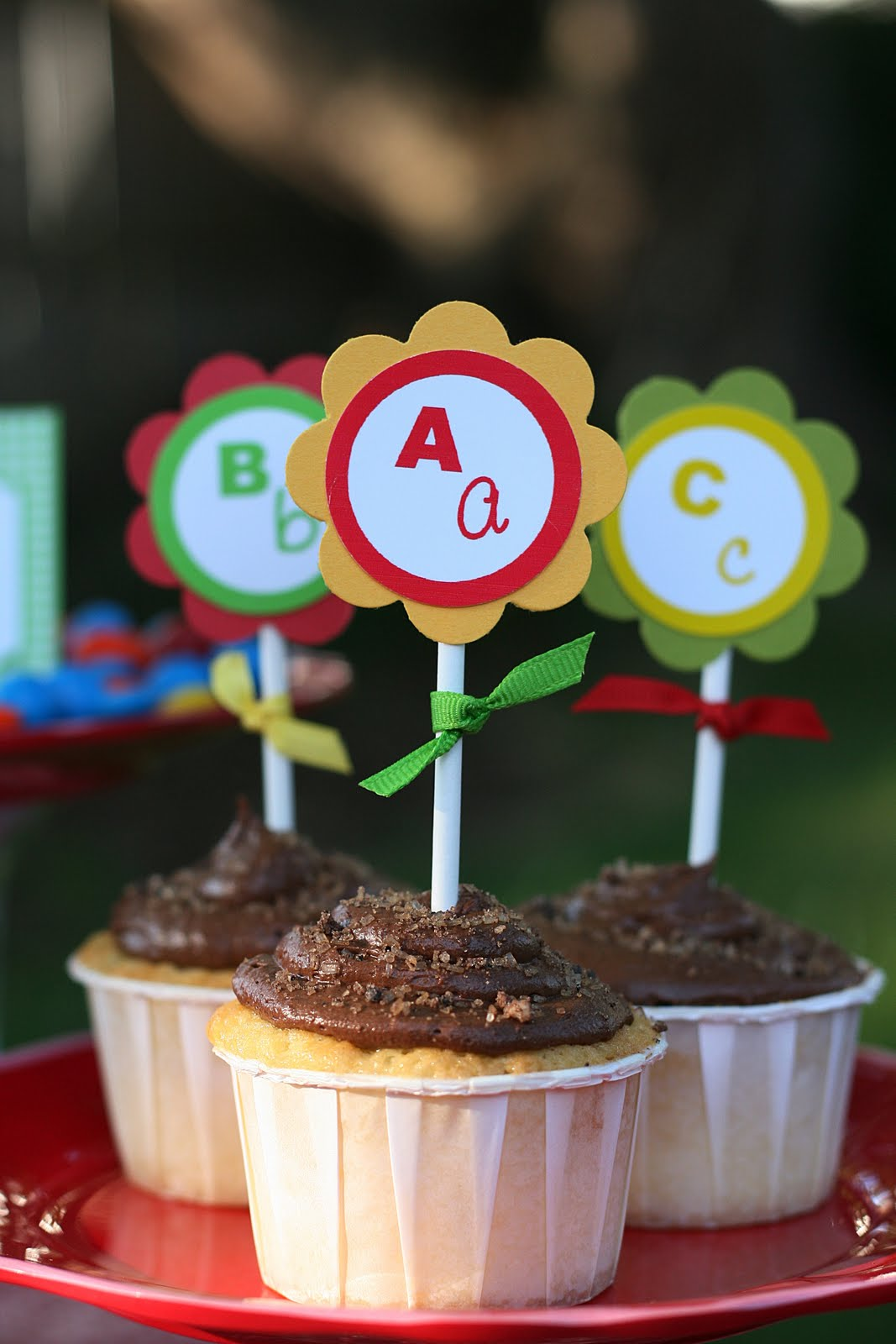 Easy Classroom Back to School Party Ideas - BirdsParty.com