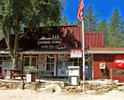 Mining Town At The South End Of Bradshaws It S A Favorite Summer Retreat For Phoenicians Business District Consists Two Saloon Restaurants