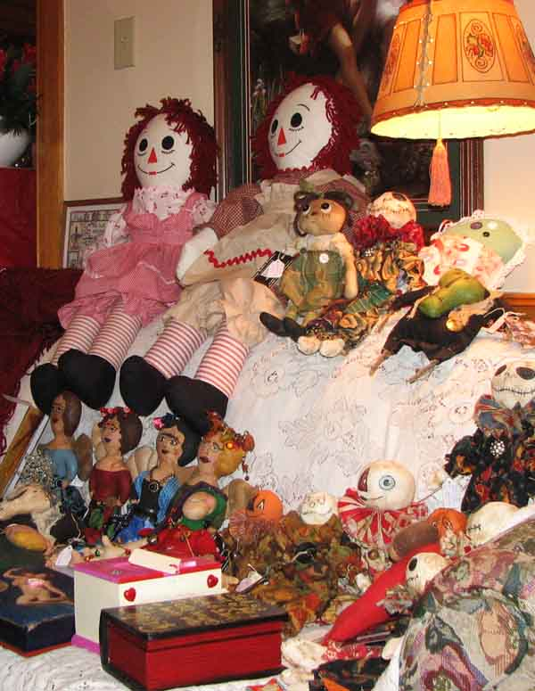 41ea517b12467 Meet this year's crop of dolls from the Grunge Goddess, on display at the  Victorian Holiday Boutique this weekend. One of the big Raggedy Ann  lookalikes was ...