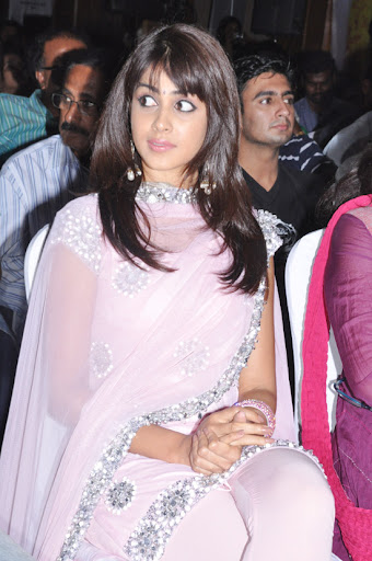 Genelia At Uthama Puthiran Audio Launch 11.jpg