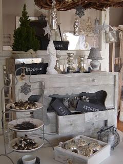 frau k shabby chic weihnachtsdeko bei gef hlten 25 c. Black Bedroom Furniture Sets. Home Design Ideas