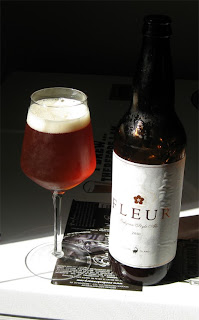 Fleur - Beer brewed with added kombucha and hibiscus.