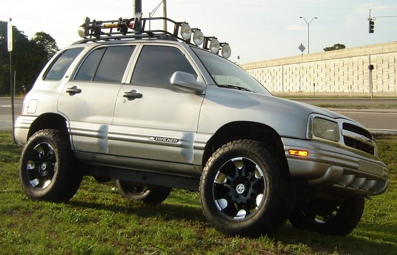 Tracker Grand Vitara Off Road: Garvin Roof Rack