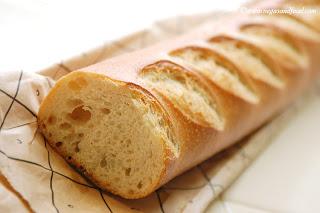 Panera bread baguette calories
