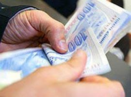 Bayramda Kredilerin Vadesi Uzadı, Faizler Dustu