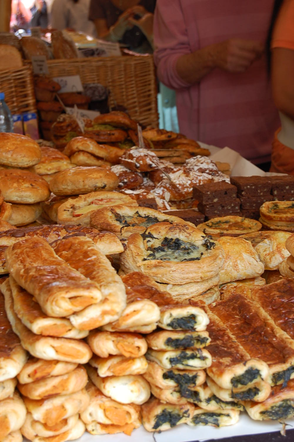 cakes and bakes at columbia road