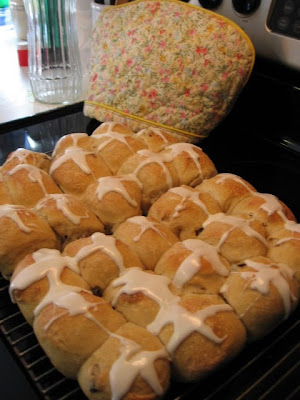 Hot cross buns and other Lenten thoughts.