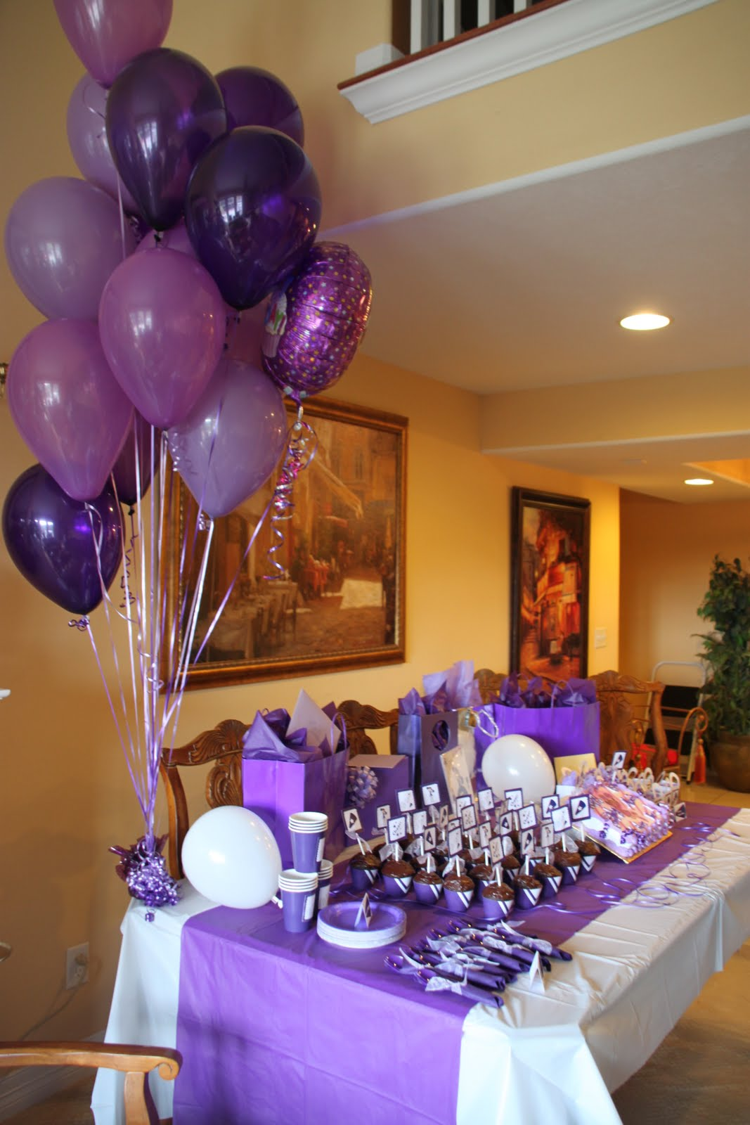 Best 25 Modern Bungalow Exterior Ideas On Pinterest: Clickable Party: Real Party {Purple Cheer}