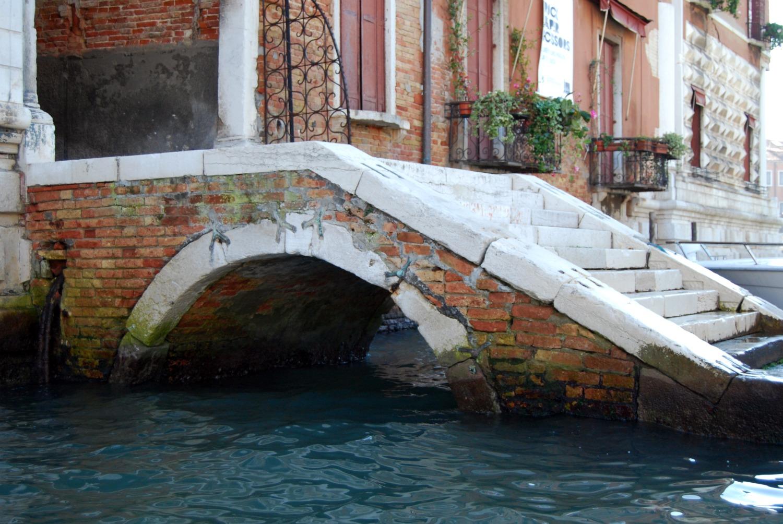 ponte sul canal grande