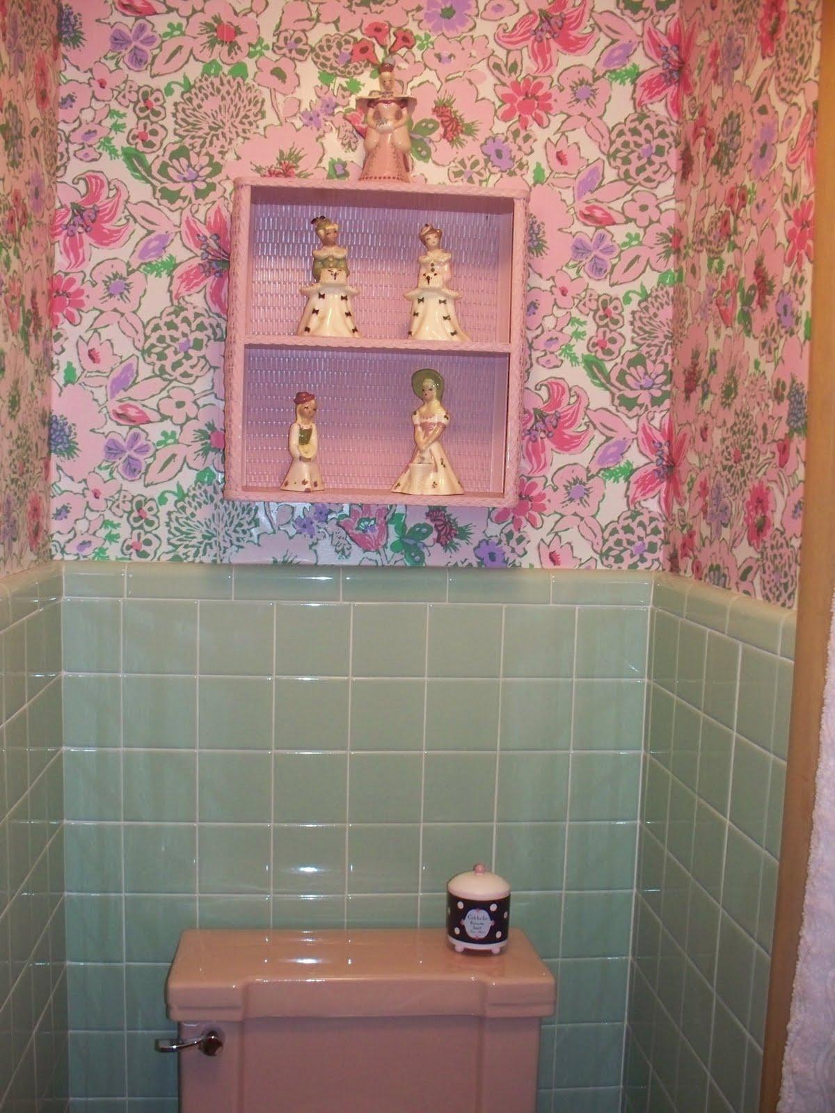 The Vintage Life Our Vintage Pink Bathroom