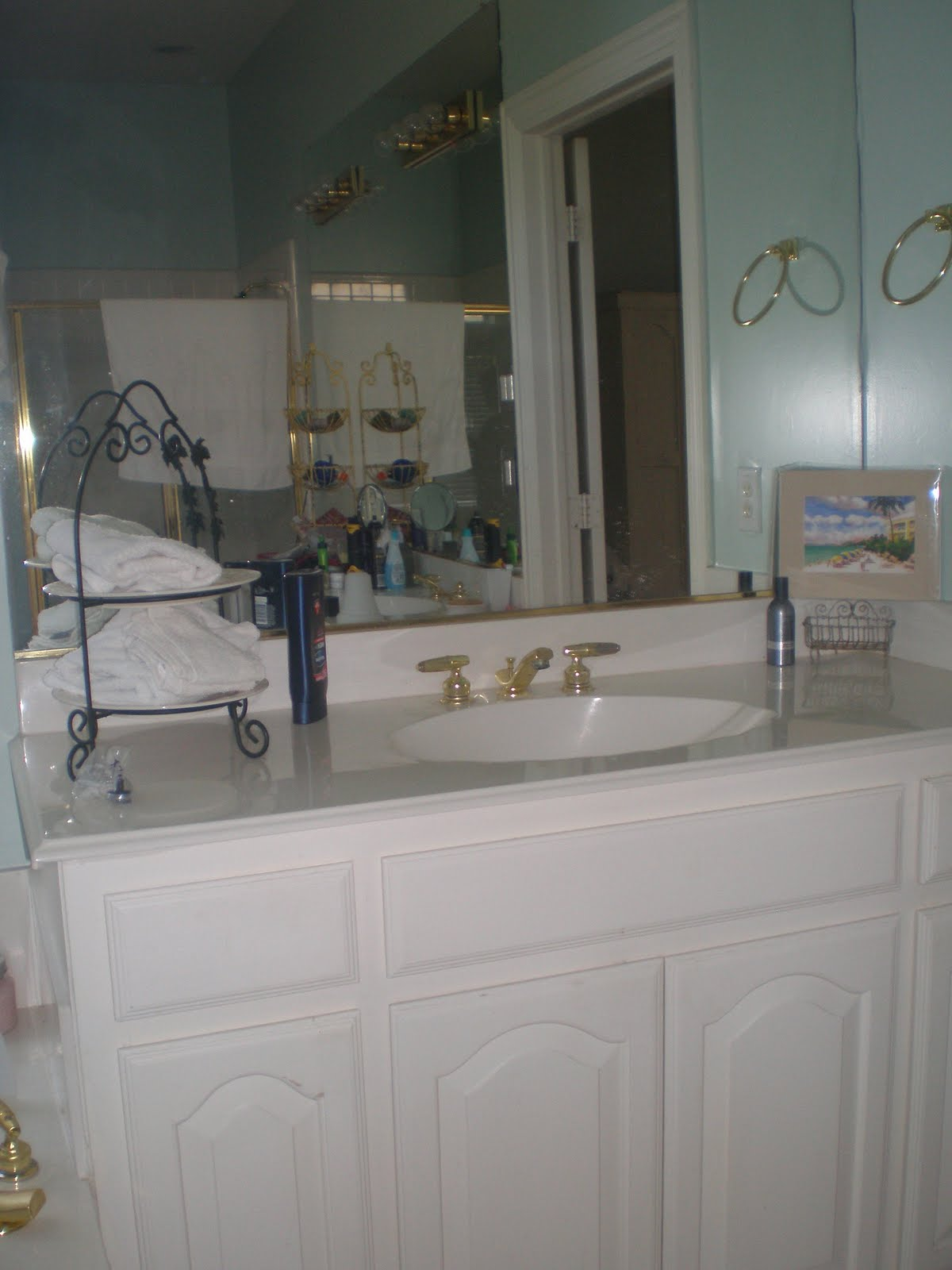 Can you Spray Paint Bathroom faucets?...Oh yes you can! - The Style ...