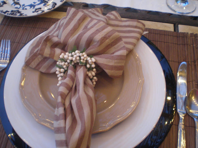 tan and black placesetting- The Style Sisters