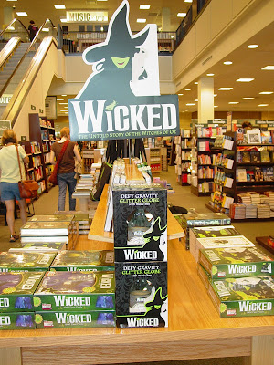 Barnes & noble clackamas town center